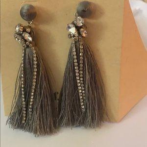 Chloe &isabel earrings